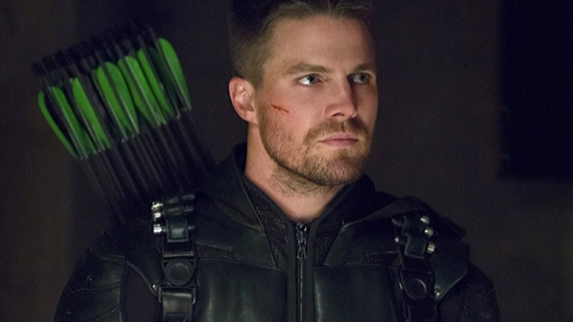Arrow Star Stephen Amell Just Absolutely Crushed it on American Ninja Warrior: Celebrity Edition