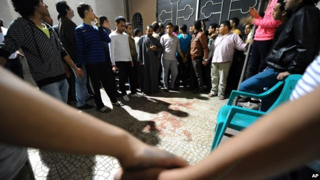 BREAKING: Gunmen attack bus carrying Egyptian Christians