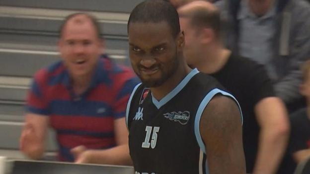 British Basketball: Surrey Scorchers beat Plymouth Raiders - 5 great plays