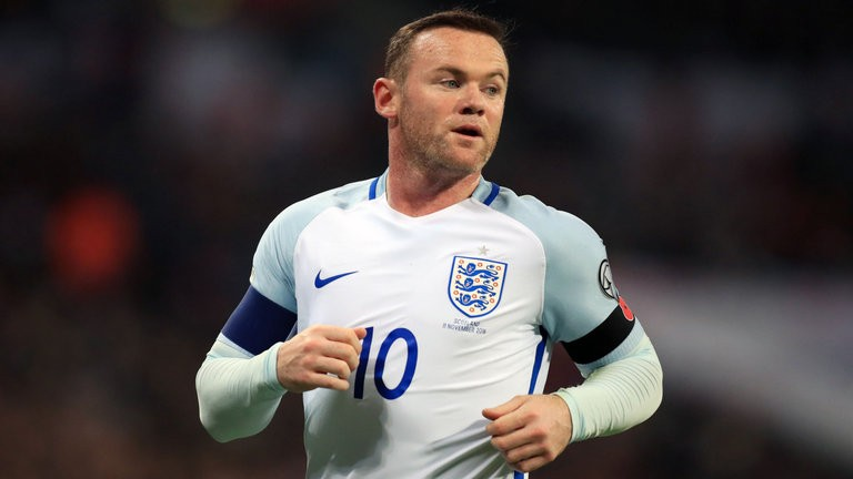Butland in, Rooney out for England