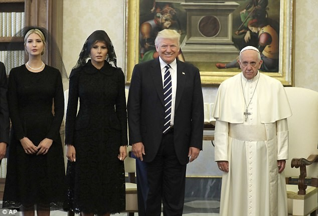 Melania finally holds Donald Trump's hand during visit to Sistine Chapel in Italy (photos)