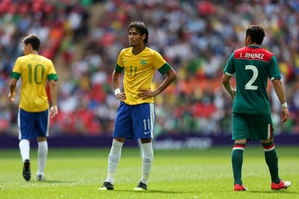 Mystery over football star Garrincha's remains grips Brazil