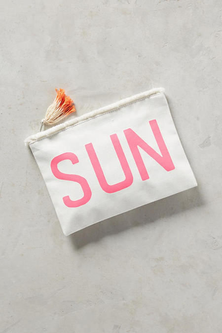 10 Cute Little Clutches To Bring On Your Honeymoon