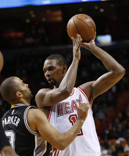 AP source: Miami Heat, Chris Bosh reach agreement to part ways