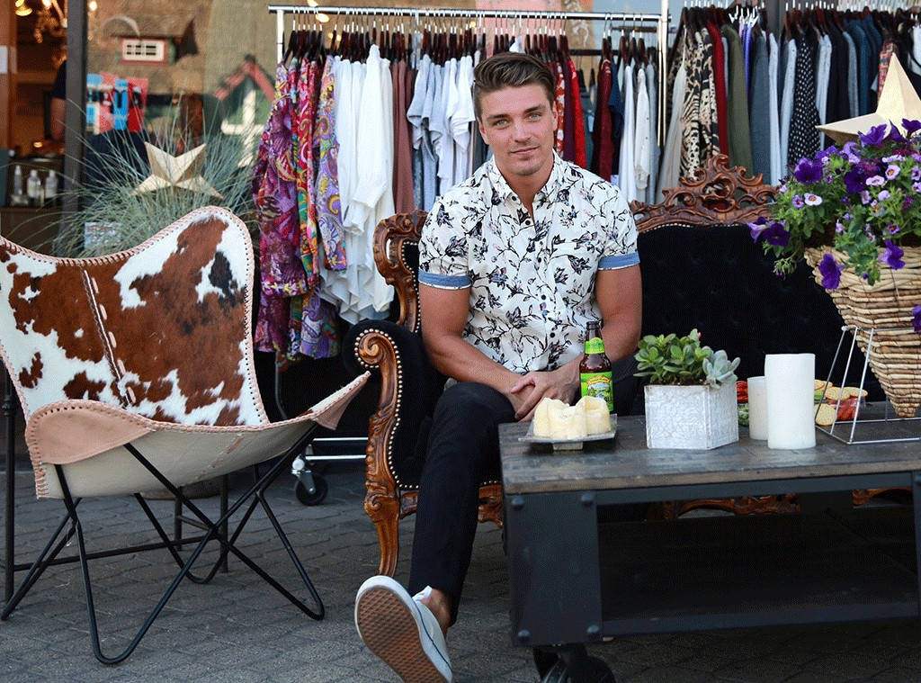 Bachelor Nation Reacts to Dean Unglert's Unforgettable Hometown Date With Rachel Lindsay on The Bachelorette