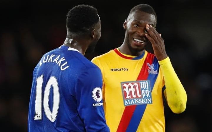 Everton turn to Benteke