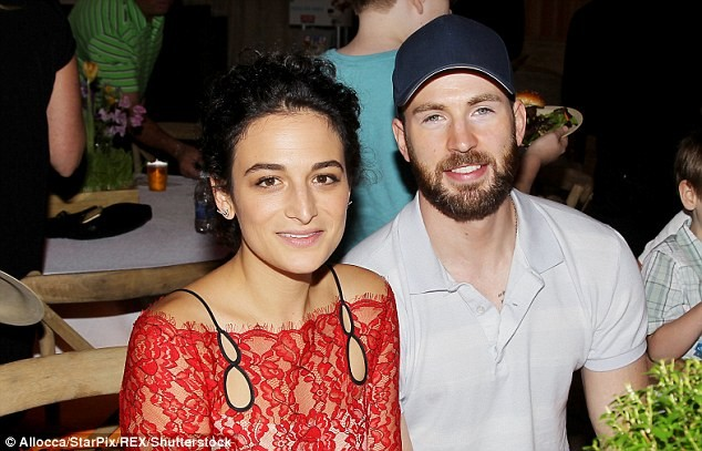 Jenny Slate Tells Chris Evans He Would Have Been a ''S--t Boyfriend'' in Gifted's Deleted Scene