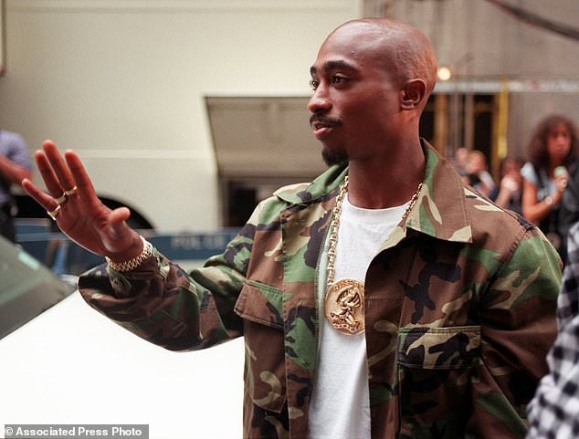 Madonna asks court to block auction of love letter from Tupac Shakur – Vanguard Newspaper