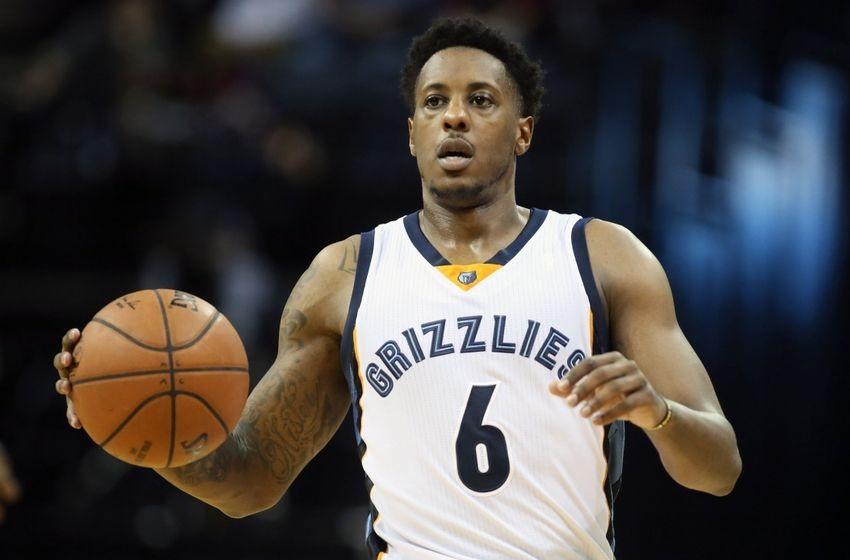 Memphis Grizzlies sign guard Mario Chalmers