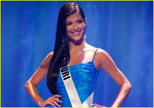 Miss Missouri Sophia Dominguez-Heithoff Crowned Miss Teen USA 2017