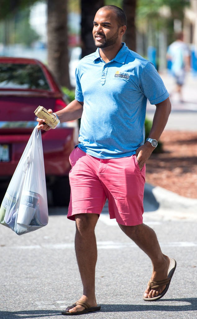 O.J. Simpson's Son Justin Steps Out in Florida Following Parole Hearing