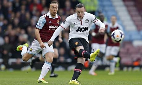 Rooney scores stunner in win