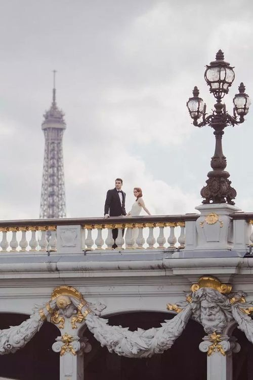 Shouting all the Je t'aime's for this Parisian Wedding Inspiration.