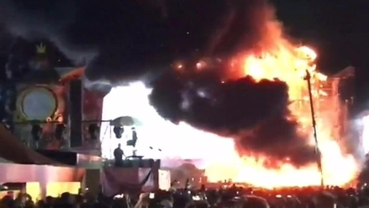 Spain music festival hit by huge blaze on stage