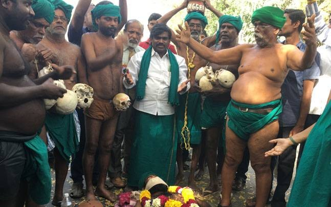 Centre, Tamil Nadu government turning deaf ear to our demands: Farmers