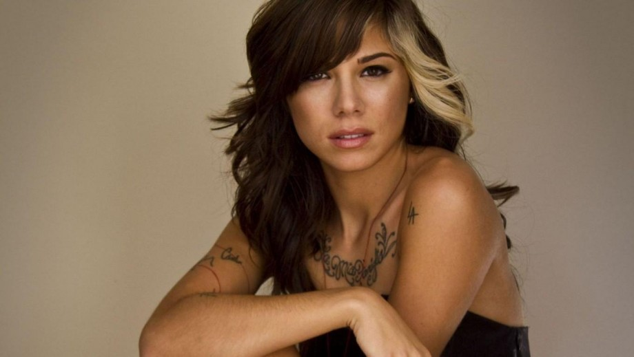 Christina Perri Is Pregnant With Her First Child