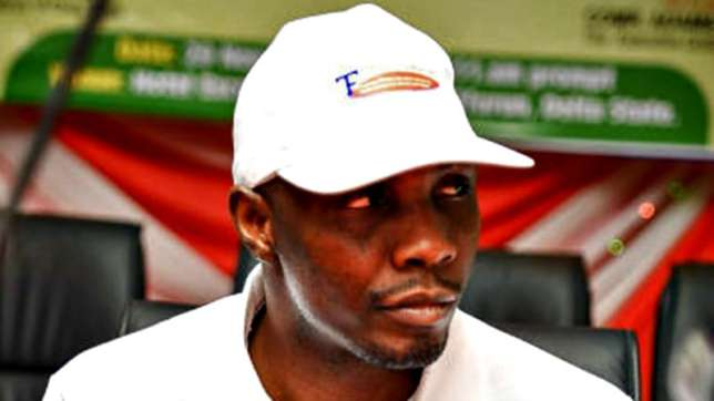 Niger Delta Avengers Ex-militant leader, Tompolo distances self from group According to reports, the militants threatened to resume the bombing of pipelines located in the oil rich region.