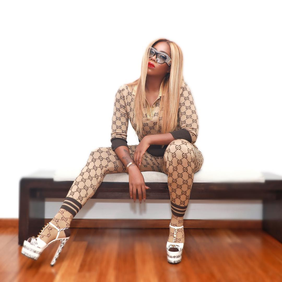 Tiwasavage on gucci