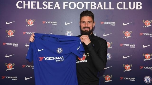 French striker Olivier Giroud joins Chelsea from Arsenal for £18m (Photos)