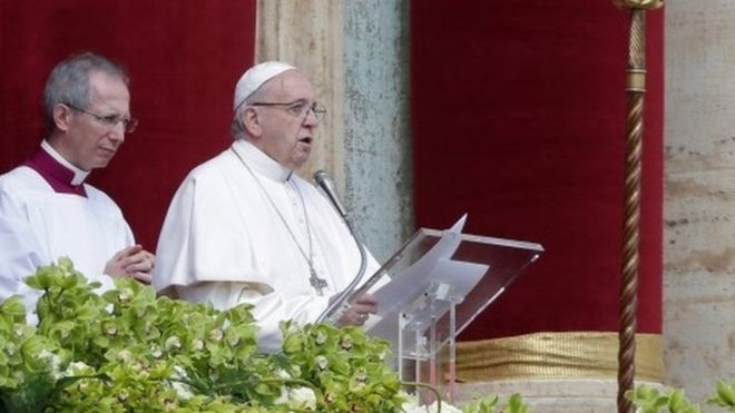 Pope Easter message urges 'end to Syria carnage'