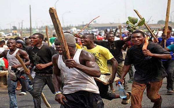 Angry youths injure police commissioner In Taraba