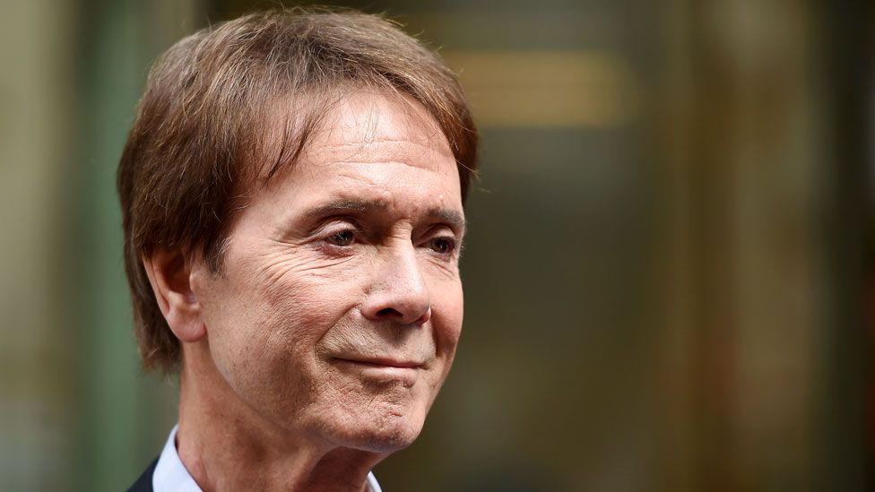 Sir Cliff Richard: BBC agrees to pay £850,000 towards legal costs