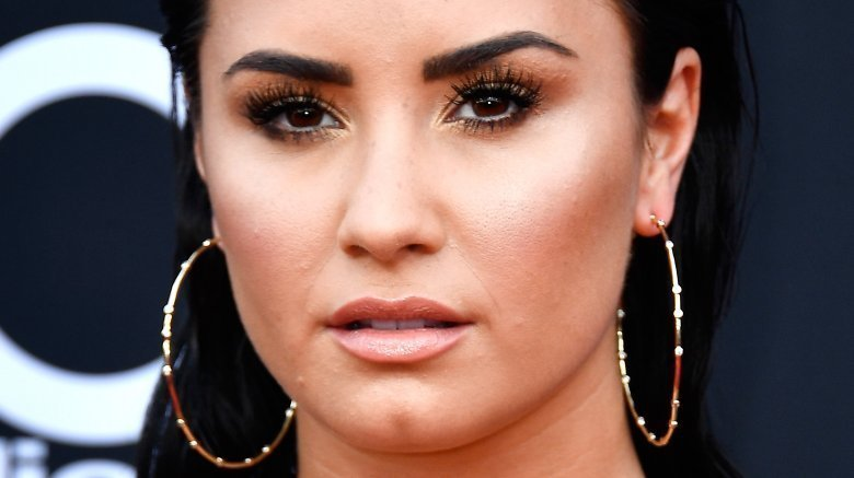 Demi Lovato unfollows Selena Gomez, Nick Jonas, more on social media