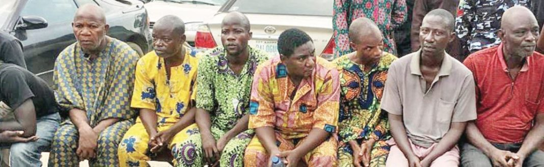 Photo: Mortuary, cemetery attendants arrested for allegedly selling body parts of corpses in their custody