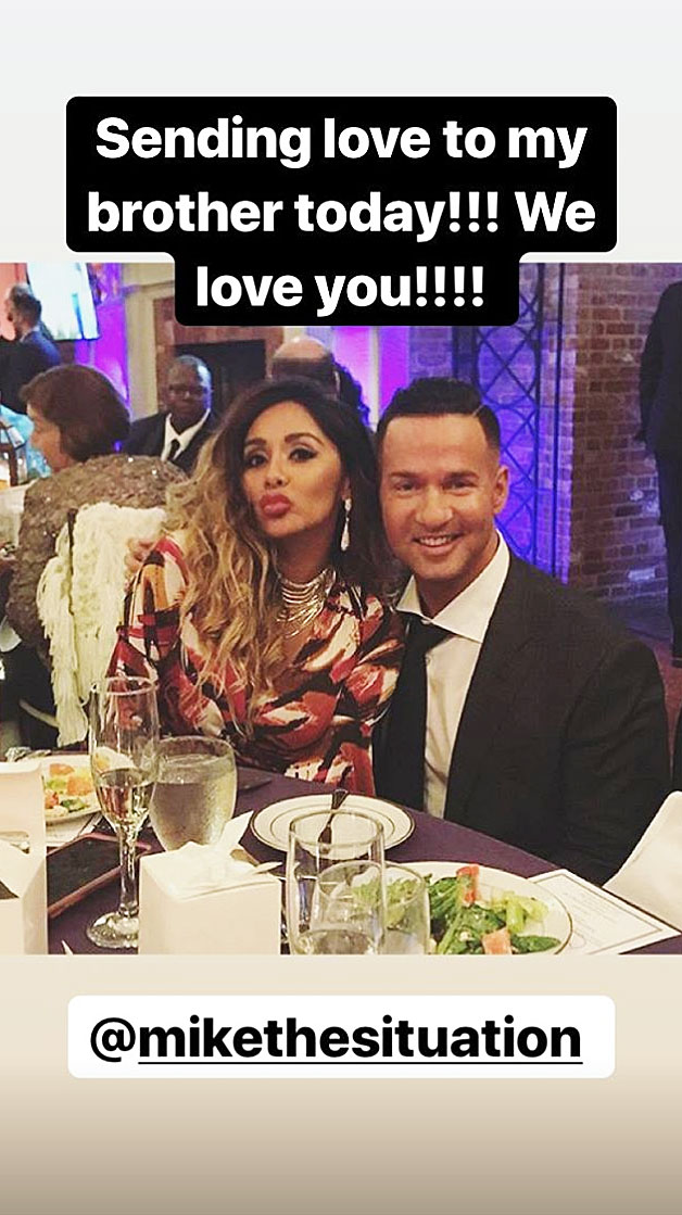 'Jersey Shore' Cast Supports The Situation As He Begins Prison Sentence