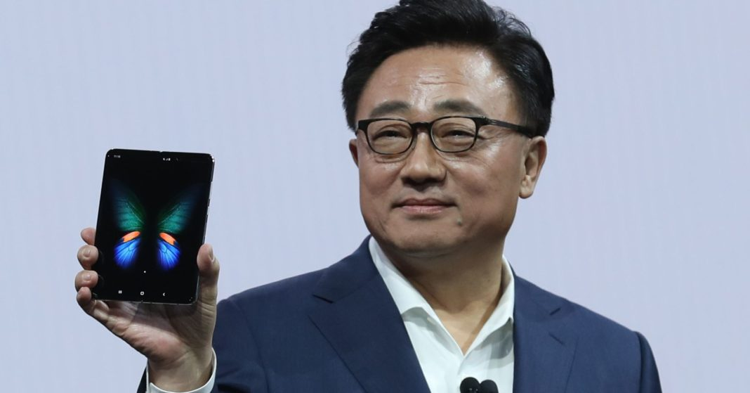 Samsung's foldable smartphone is a 'game-changer' — but it won't be a profit-maker yet, analyst says