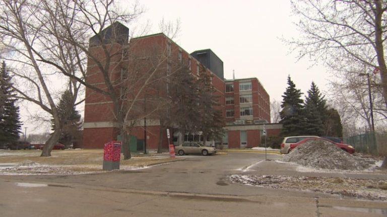 Public Health Agency of Canada says salmonella outbreak hits 6 provinces, dozens sick