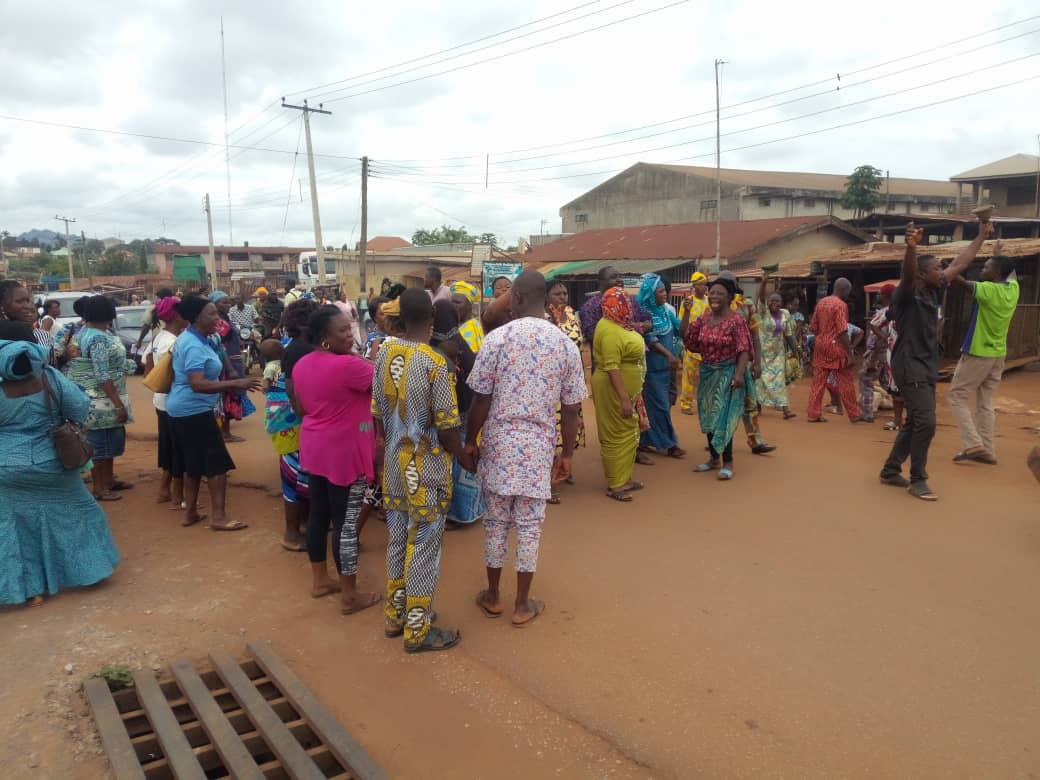 Residents, traders protest indiscriminate siting of gas stations in Ondo
