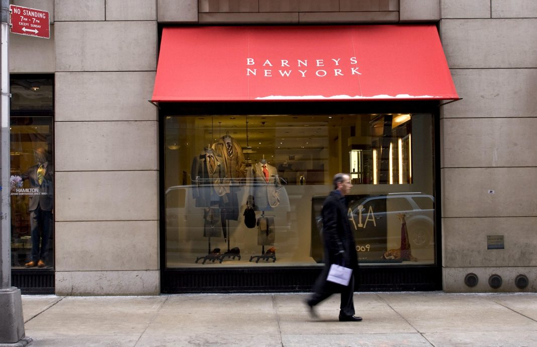 Barneys explores possible July bankruptcy filing as it grapples with rent hike at Manhattan flagship