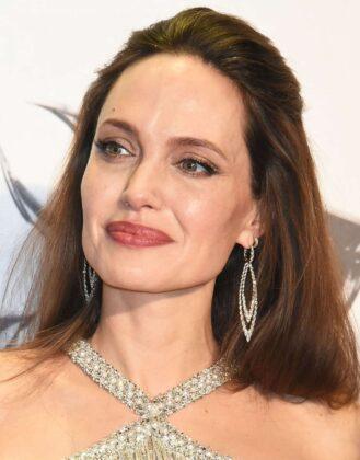 Angelina Jolie – 'Maleficent: Mistress of Evil' Premiere in Tokyo
