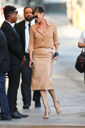 Charlize Theron – Arrives at Jimmy Kimmel Live in Los Angeles