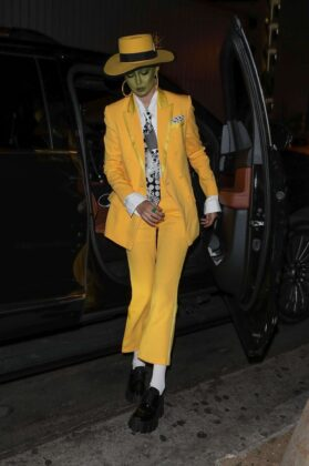 Gigi Hadid – Arriving at Kendall's Halloween Party in LA