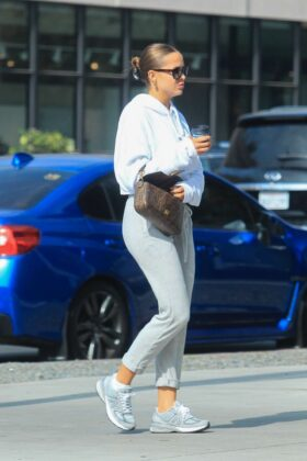 Mara Teigen – Out on Melrose Place in Hollywood