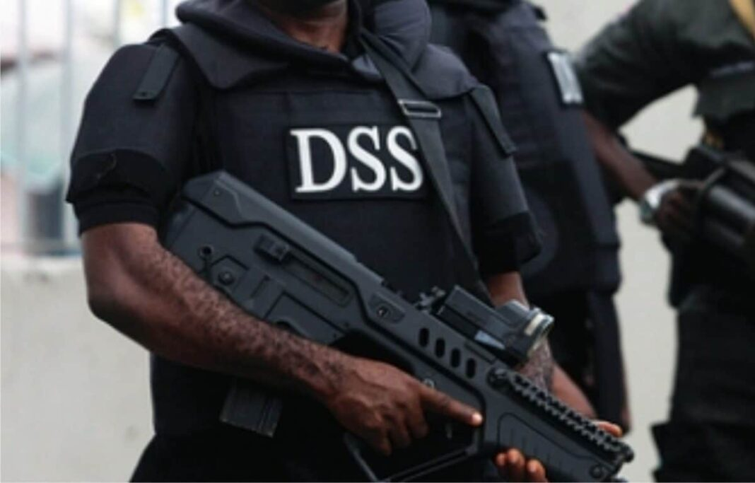 Nigeria news : Bayelsa Decides Police, army, DSS, others tighten security at INEC headquarters