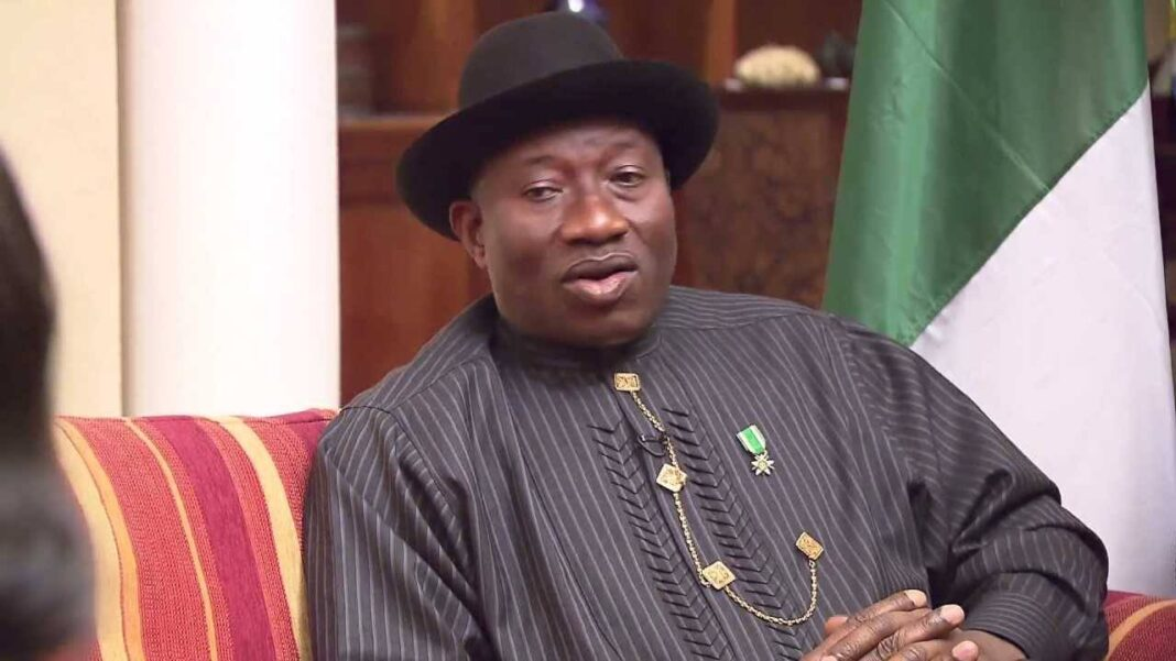 Nigeria news : Goodluck Jonathan voted, says ' I'm disappointed'