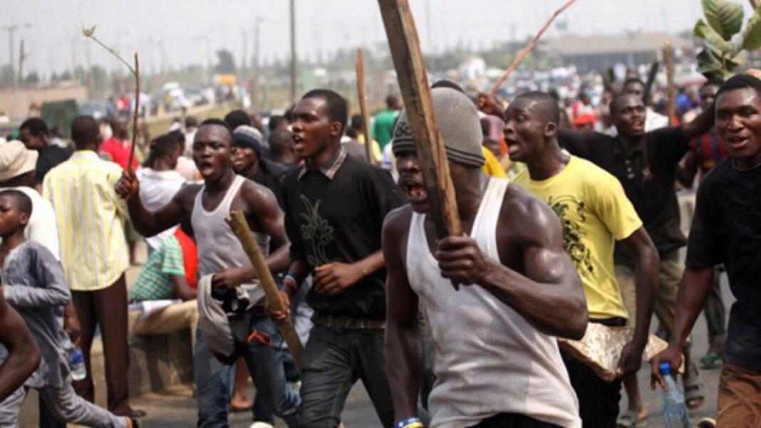 Nigeria news : Kogi Guber Thugs allegedly attack journalists in Ayaingba