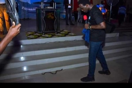 RCCG Pastor Battle With Snake That Tried To Attacking Him On The Altar