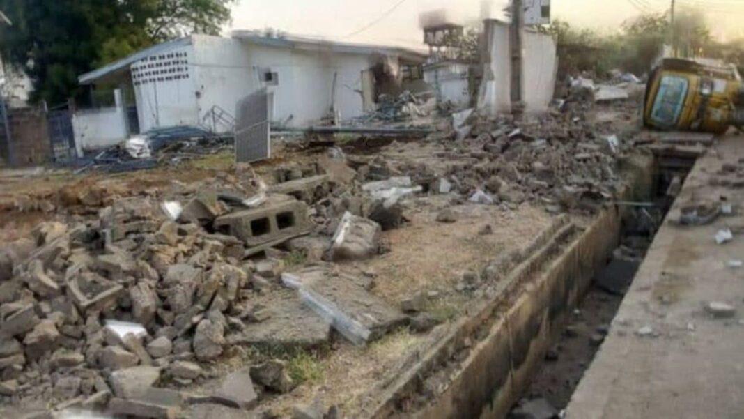 Nigeria news : Saraki's kinsmen blow hot over Kwara govt demotion of Ile Arugbo