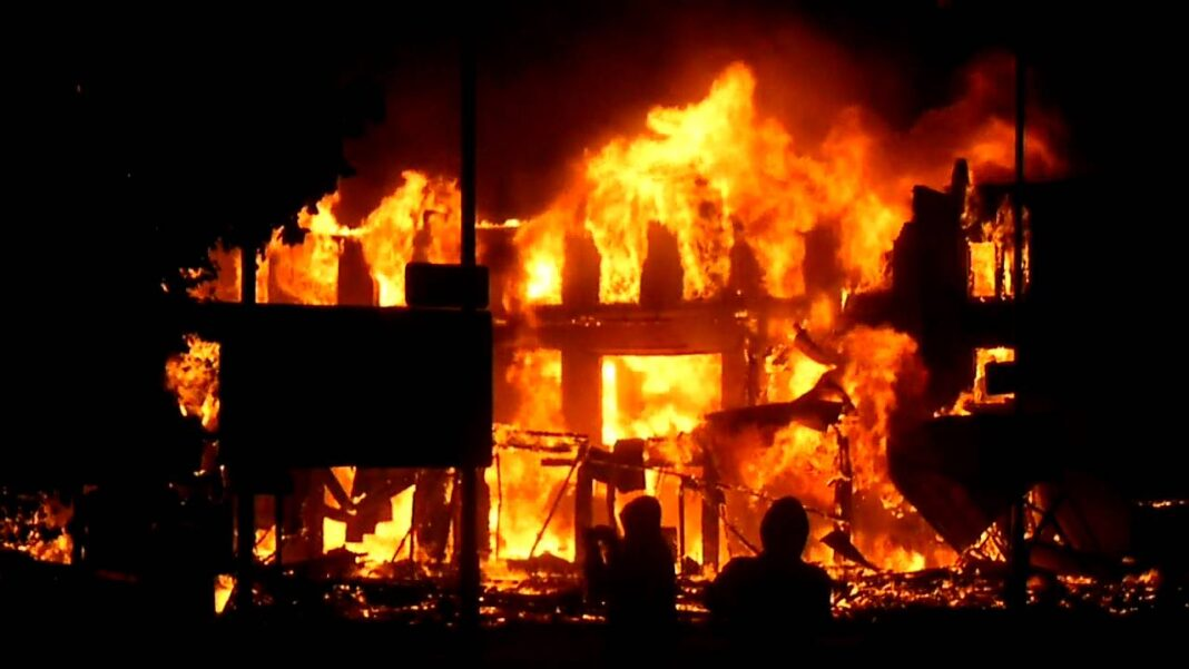 Nigeria news :Enugu LG Polls The Peoples Democratic Party office set ablaze