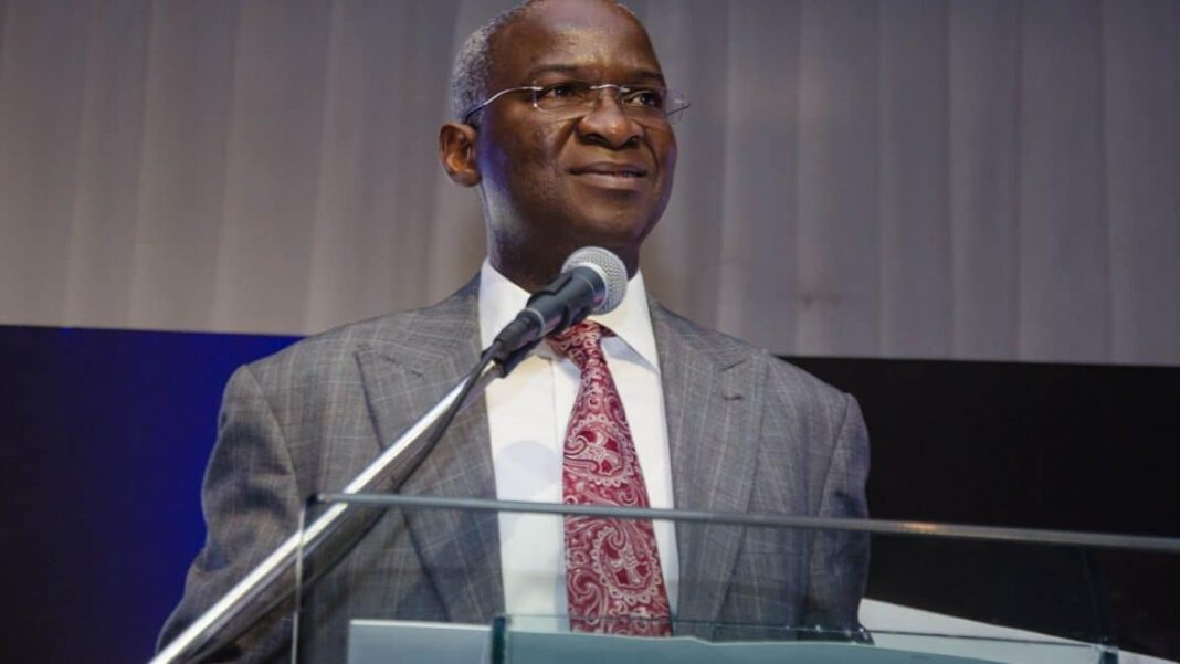 Nigeria news : Babatunde Fashola, Minister of Works and Housing sends message to state governments