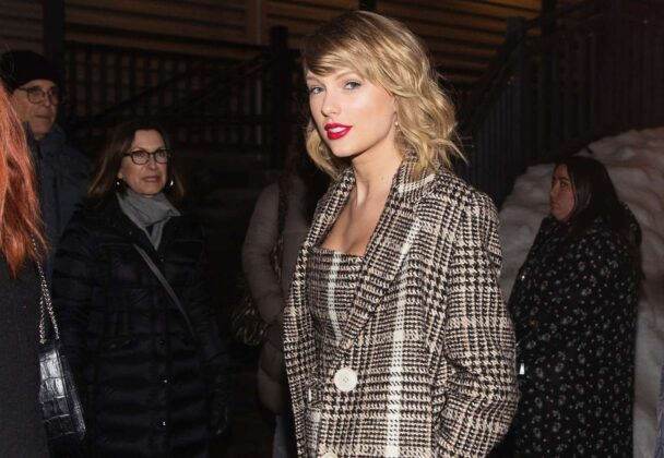 Taylor Swift – Out in Park City