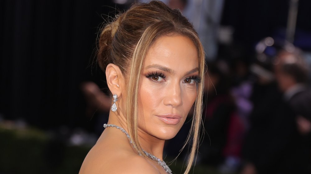Jennifer Lopez net worth: how much dose she own