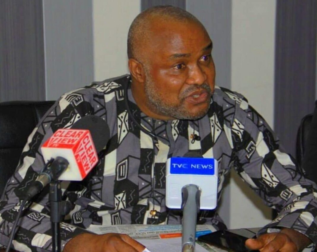 "Nigeria news : Buhari govt committing 'electricity terrorism"" on tariff hike – HURIWA calls for action"