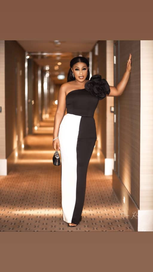 Rita Dominic looks beautiful and stylish in this monochrome ensemble (photos)