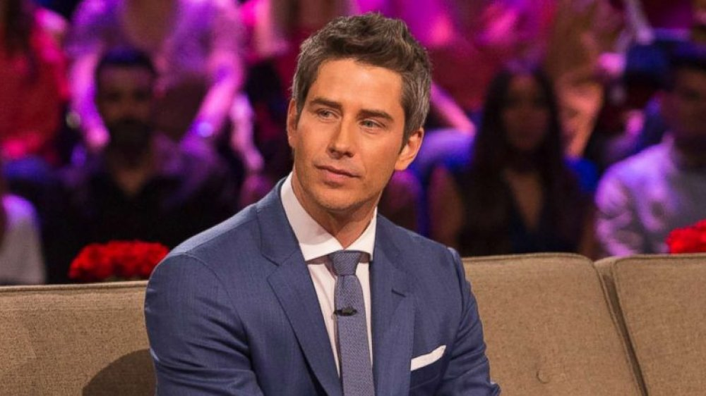 Arie from The Bachelor is totally unrecognizable with his new hair Hot