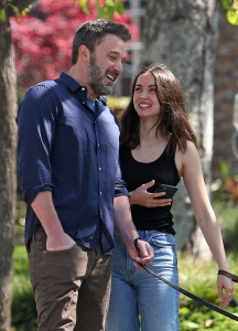 Ben Affleck Steps Out With Girlfriend Ana de Armas and His Kids so lovely